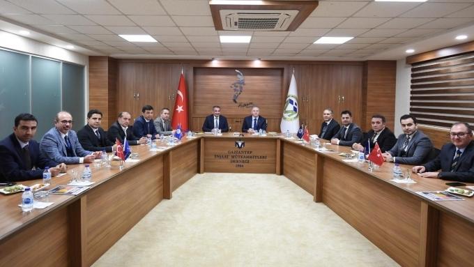 VALİ GÜL, GAİMDER'İ ZİYARET ETTİ